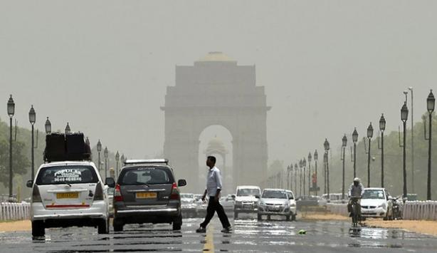 Hindistanda aşırı sıcaklardan ölenlerin sayısı artıyor