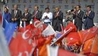 """""""Türkiyede iki siyaset var"""""""