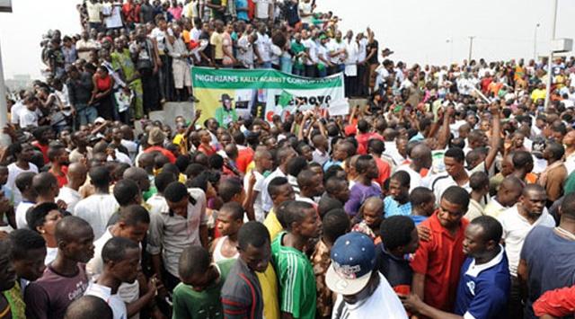 Nijeryada Protestolar Sürüyor