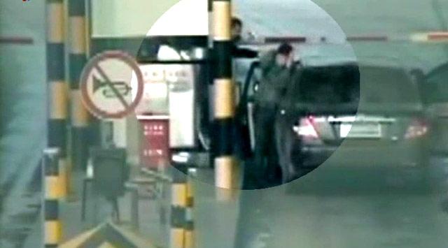 Araba Kaçırma Girişimi Kamerada