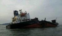 Arnavutluk'ta Tanker Battı
