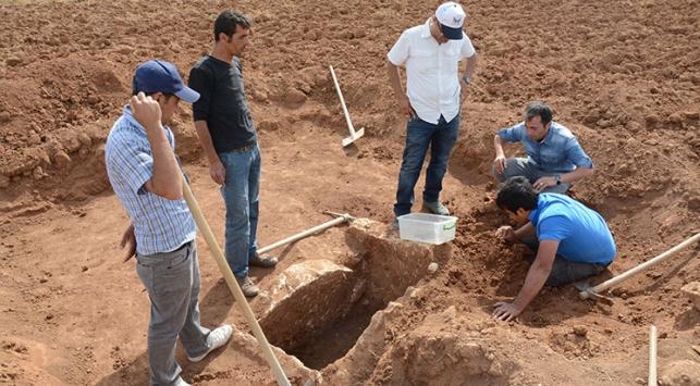 """""""Erken Tunç Çağı""""na ait mezar bulundu"""