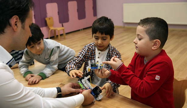 'Üstün zekalý' çocuklara nasýl davranýlmalý?
