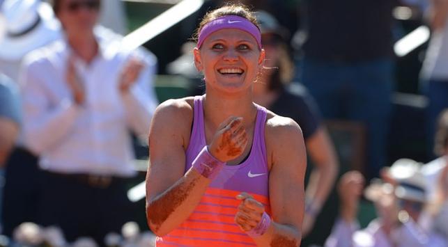 Safarova ilk kez finalde