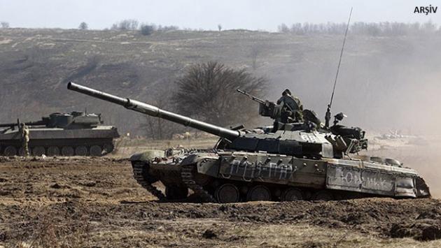 Ukraynada askeri araç mayına bastı