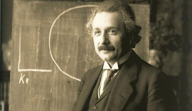 Einsteinın mektupları açık artırmada satılacak