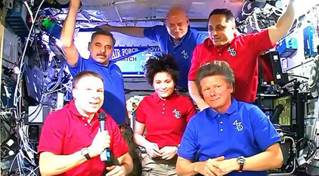 Uzaydan 199 gün sonra Dünya'ya döndüler