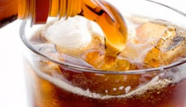 'Asitli içecekler dişlerde çürümeyi artırıyor'