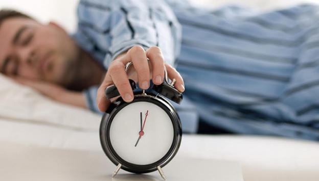 'Ramazanda gündüz en az iki saat uyumalıyız'