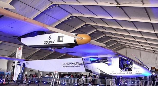 Güneş enerjili uçak Japonya'dan havalandı