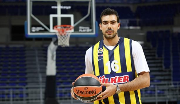 Sloukas resmen Fenerbahçe'de