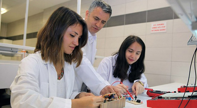 Üniversite öğrencilerinden yerli teknoloji