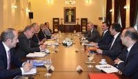 AK Parti ile CHP heyetleri arasında dördüncü görüşme