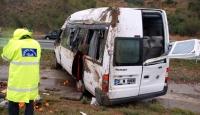Tarım İşçilerinin Aracı Kaza Yaptı: 2 Ölü