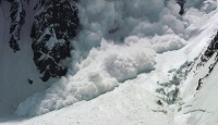 Tunceli-Erzincan Yoluna Çığ Düştü