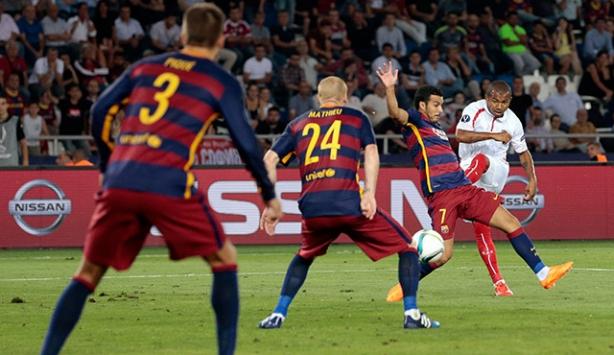 UEFA Süper Kupa'yı Barcelona kazandı