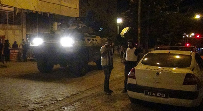 Diyarbakır'daki saldırıda yaralanan Turan şehit oldu