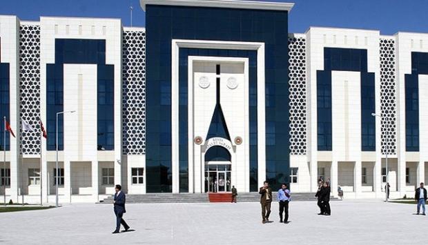 Hakim ve savcılara 'Paralel baskı' iddiası