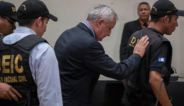 Devlet Başkanı Molina tutuklandı