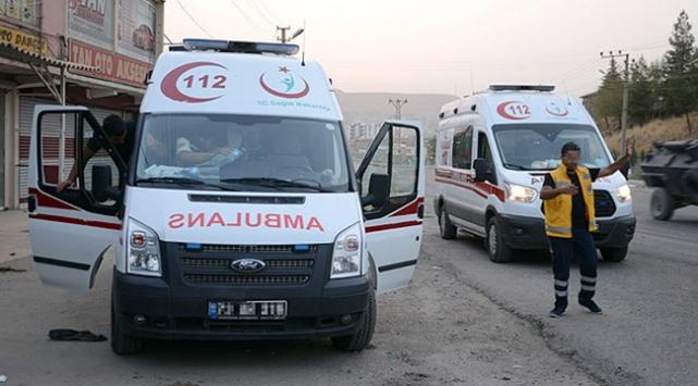 Şırnak Cizrede teröristler ambulans yağmaladı