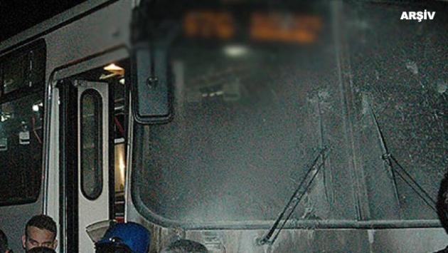 İstanbulda belediye otobüsüne molotof kokteyli atıldı