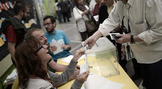 Katalonya bağımsızlığı oyladı