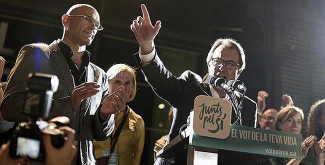 Katalonyada bağımsızlık yanlıları çoğunluğu ele geçirdi