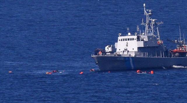 Sığınmacıları taşıyan tekne Yunan botuna çarptı