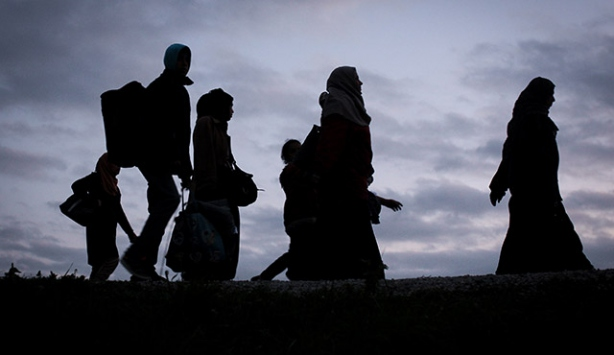 Sığınmacıların Slovenya yolculuğu sürüyor