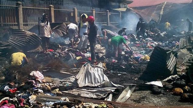Filipinlerdeki yangında 15 kişi hayatını kaybetti
