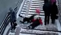 Buzlu Merdivenden İnmenin Bedeli