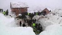 Avrupa Dondu: 500'den Fazla Ölü Var