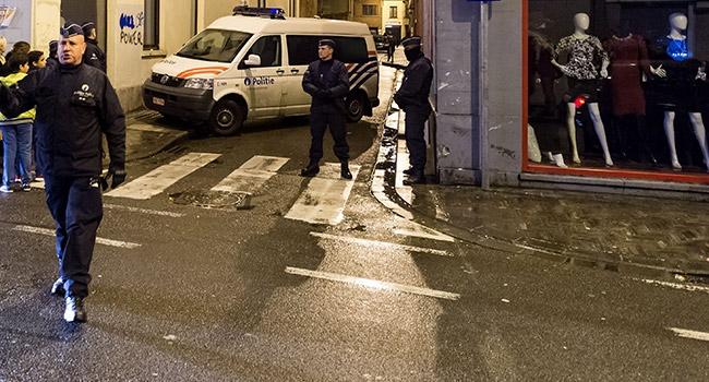 Fransız polisi ikinci şüpheliyi arıyor
