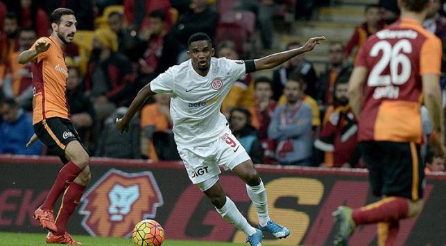 G.Saray Antalyasporla berabere kaldı