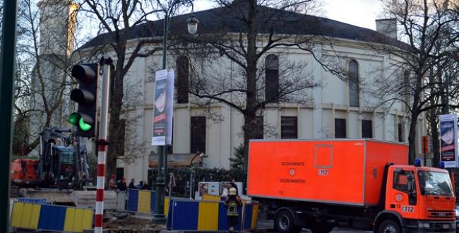Brükselde camide şarbon paniği