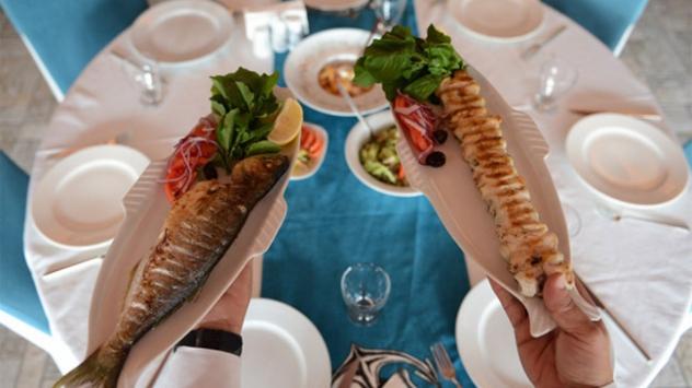 Balığı Türk yemekleriyle buluşturdu