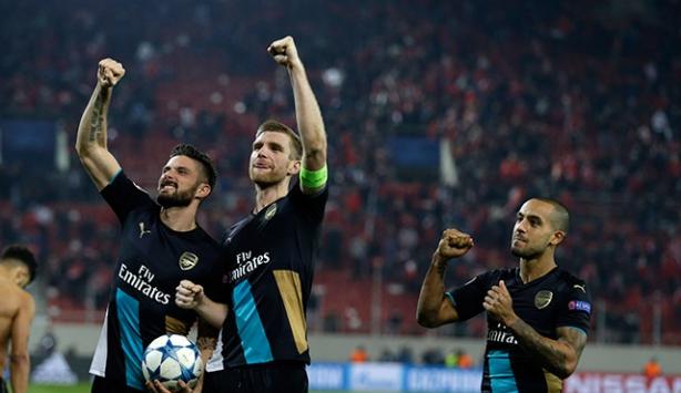 Olympiakos Arsenal 0-3 maç özeti ve golleri izle