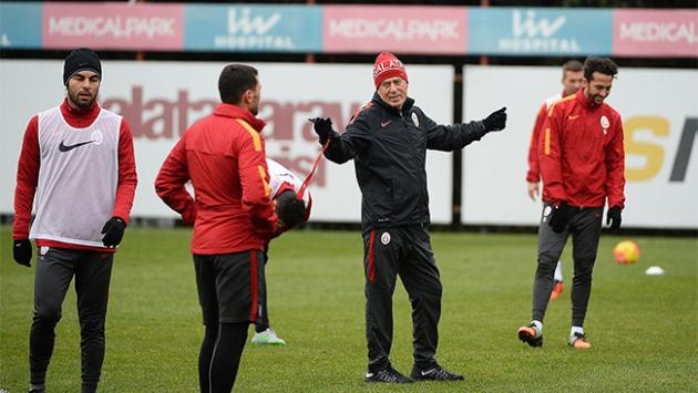 Mustafa Denizli ligde 29. derbiye çıkıyor