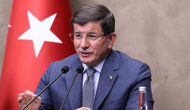 Başbakan Davutoğlu Suudi Arabistana geldi