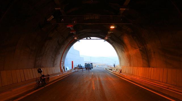 Karahan Tüneli inşaatında sona yaklaşıldı