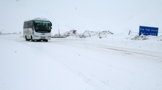 Doğu Anadoluda Ulaşıma Kar Engeli