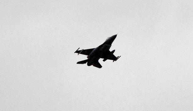 Rusyada Su-30 savaş uçağı düştü