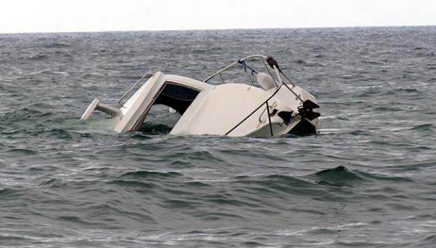 Egede sığınmacı botu battı, 3 çocuk öldü