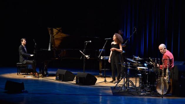 İsrail asıllı müzisyenler CRRde konser verdi