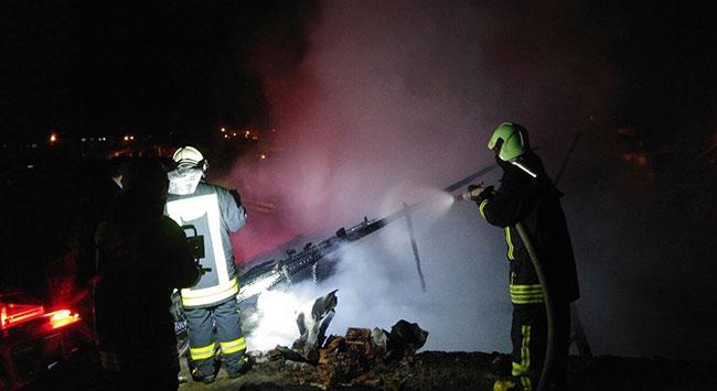 Denizlide ev yangını: 1 ölü