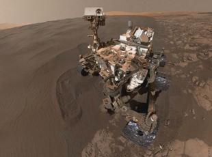 Uzay aracı selfi çekti