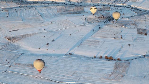 Kapadokyaya kışın da turist ilgisi sürüyor