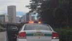 Hız yapan polise sürücüden uyarı