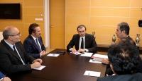 Kültür ve Turizm Bakanı sanatçılarla görüştü