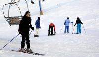 Lübnanda kayak merkezlerine yoğun ilgi